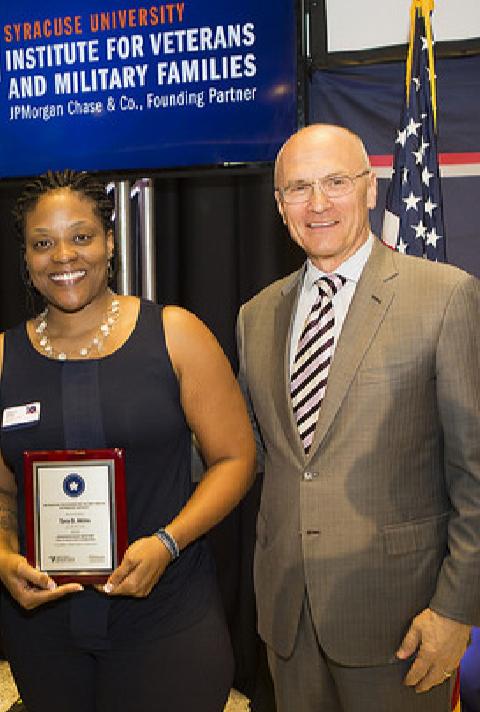 women receiving award - ebv